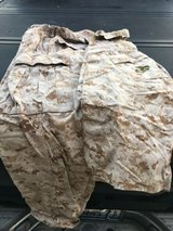 marine corps desert camouflage(30-34 in waist; med long sleeve top) in Miramar, California
