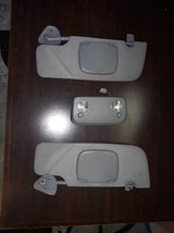 05-09 Ford Mustang sun visors & dome light in The Woodlands, Texas
