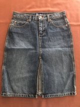 Womens Skirt Blue Denim Cotton Straight Short Size 5 SO GSJC in Bolingbrook, Illinois
