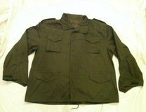 NEW OLD STOCK ARMY OG-107 GREEN 5X LARGE FIELD COAT JACKET W/ HIDE-ABL in Fort Carson, Colorado