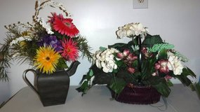 Set of 2 - Flowers / Basket  & Flowers in Metal Can - Home Decor in Naperville, Illinois