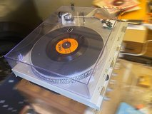 Technics SL-D3 Direct Drive Turntable in Naperville, Illinois