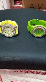 2 Women Geneva Rhinestone Silicone Band Quartz / Platinum Analog Wrist Watch! in Bellaire, Texas