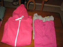 2 x-large tops, 1 x-large hoodie, all new in Pasadena, Texas