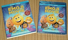 NEW The Emoji Movie Blu-Ray Disc + Digital w Slip Cover in Chicago, Illinois