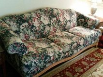 Sofa - solid well built in Naperville, Illinois