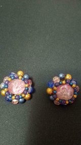 Vintage Women's KARU ARKE Pretty Pink &; Blue Bead Clip Earrings in Bellaire, Texas