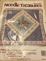 Needle Treasures Kit/ new- complete-Wedge-wood Floral Pillow 12x12 in Quantico, Virginia