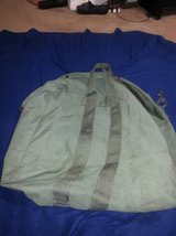 Large OD Green Flight / Duffle Bag in Cleveland, Texas
