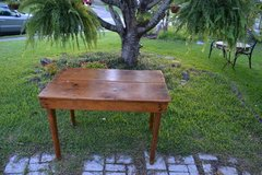 Antique Pine Country table in Camp Lejeune, North Carolina