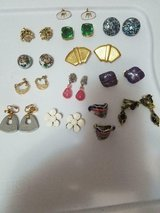 13 pairs mixed lot of vintage earrings!  signed monet, pakula & unsigned!  nice in Bellaire, Texas