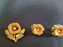 3pc Set of Hand Painted Flower Brooch Pin and Pierced Earrings! Vintage in Bellaire, Texas