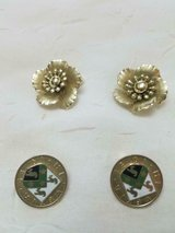 """2 prs of Vintage CORO Gold Tone Round 1/2"""" and 1"""" Clip Earrings! Great Condition! in Spring, Texas"""
