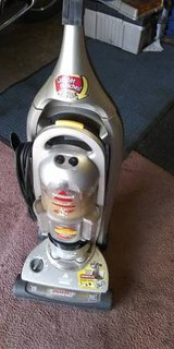 Bissell Liftoff upright vacuum in Naperville, Illinois