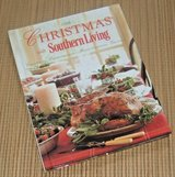 2008 Christmas Southern Living Book Recipes Entertaining Decorating Gift Ideas in Morris, Illinois