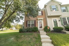 Lovely End-Unit Townhouse in Pasadena, Maryland in Fort Meade, Maryland