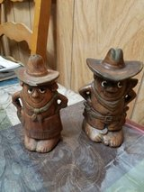 Vintage Western Cowboy & Cowgirl Salt and Pepper Shaker Sets! 2pcs in Bellaire, Texas