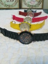 5 Damaged Silicone Rubber Fashionable Watches!  Not Working.  May only need batteries! in Bellaire, Texas