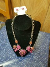 New Pretty CHARMING CHARLIE'S Long Pink & Peach Rhinestone Necklace + Earrings! in Bellaire, Texas