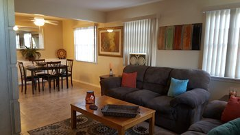 Mariposa house furnished rental 29 Palms in REmilitary