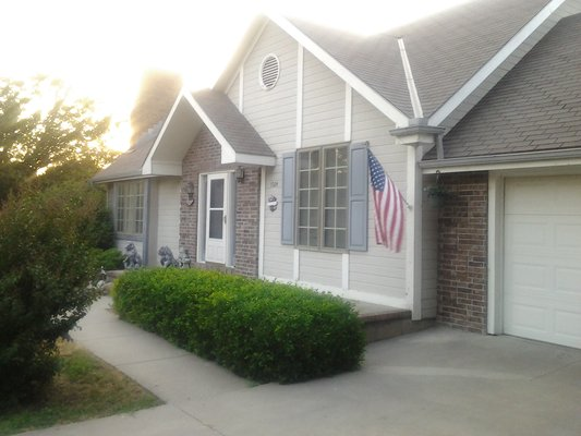 4 bedroom/4 bath Tri-level Home in REmilitary