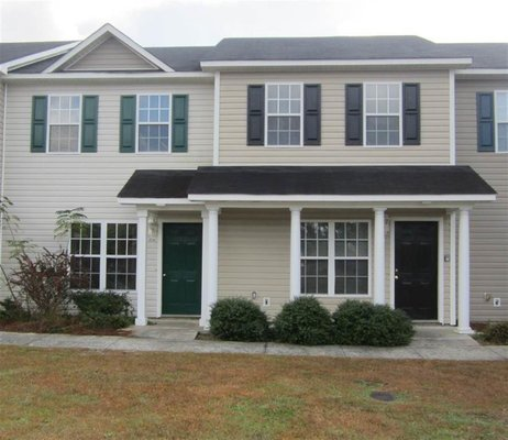 Pet Friendly Townhome in Jacksonville! in REmilitary