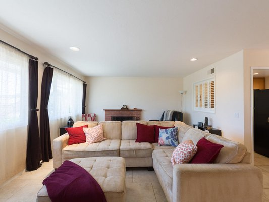 Beautiful Private Retreat! Fully Furnished! 10 min in REmilitary