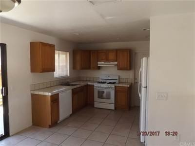 71980 El Paseo  29 Palms Ca 92277 in REmilitary