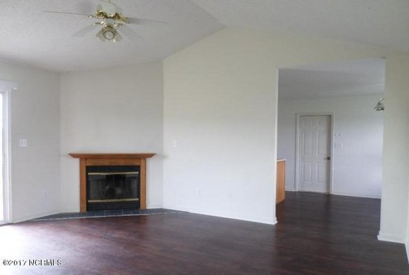 For Rent: 109 Foxtrail Drive in REmilitary