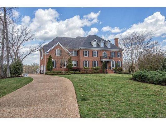 Gorgeous Home for Sale! in REmilitary