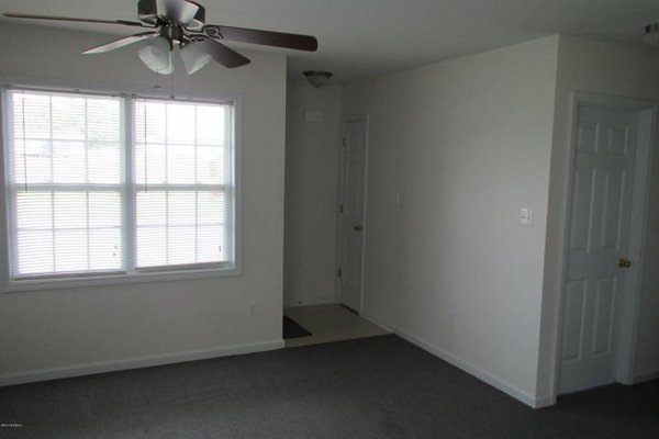 For Rent: 208 Angus Lane in REmilitary