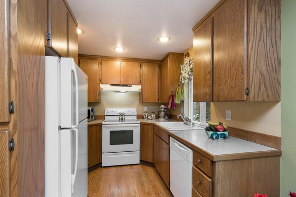 GREAT PRIVACY: 3 Br on 1.1 Acre, Gig Harbor WA in REmilitary