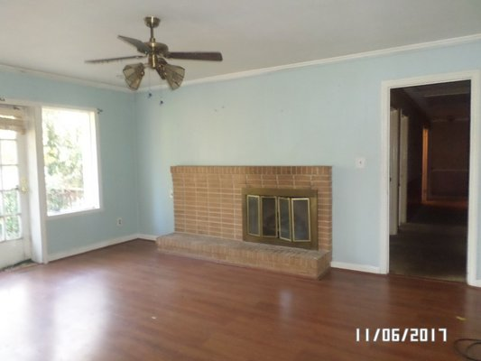176394-Large all brick home w/lots of potential. in REmilitary