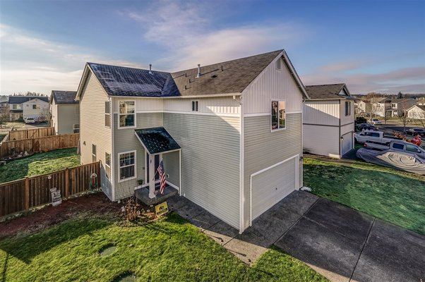 2 Story with Solar Power! *Terra View in REmilitary