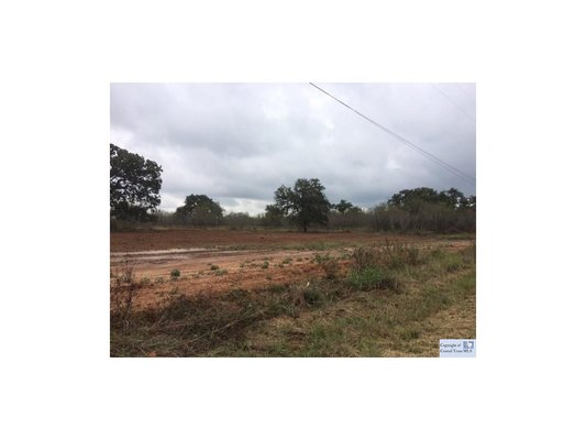 Live in the quiet, peaceful country! 2.8 Acres! in REmilitary