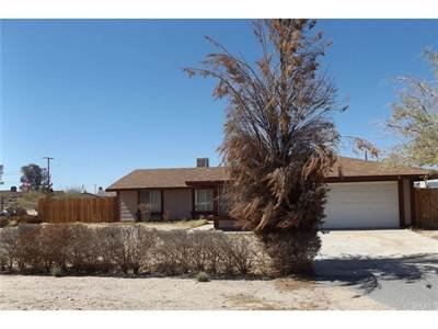 4694 Hooktree Rd  29 Palms Ca 92277 in REmilitary