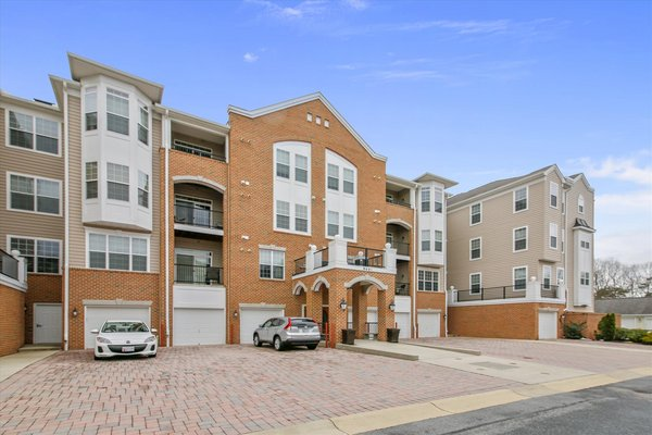 Piney Orchard age qualified condo for sale in REmilitary