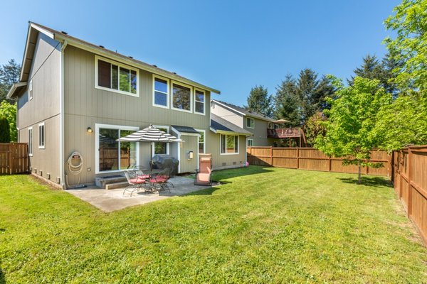 Spacious Home w/Curb Appeal!! *Yelm Terra Way* in REmilitary