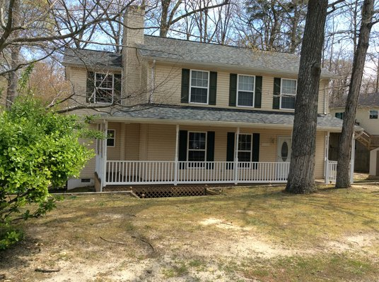 Elegant 2-story Colonial - many upgrades in REmilitary