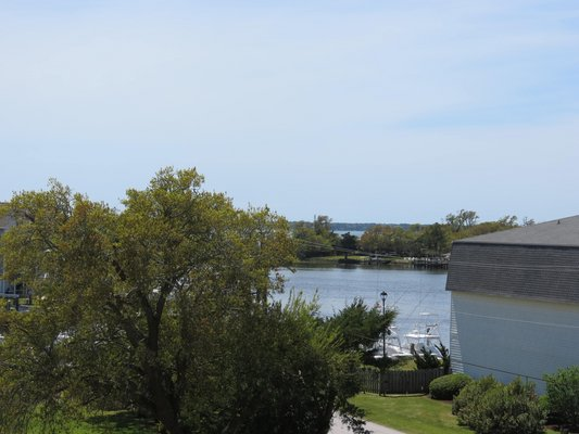 WATERFRONT condo with boat slip in REmilitary