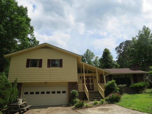Home on 5.5 acre! in REmilitary