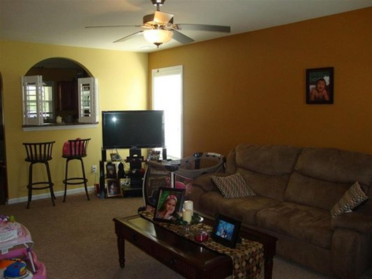 Beautiful pet friendly Townhome in REmilitary