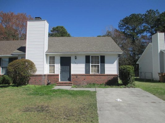 For Rent - 105 Glenside Court in REmilitary
