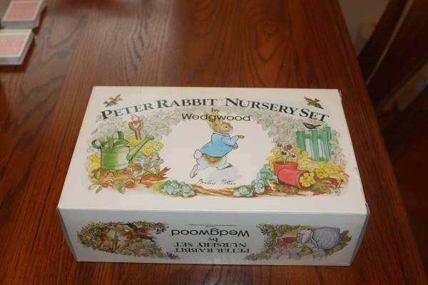 Vintage New Peter Rabbit Nursery Set By Wedgewood In Kingwood