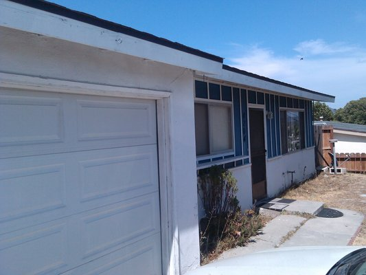 Oceanside 3 bed 1 ba with great breeze! in REmilitary