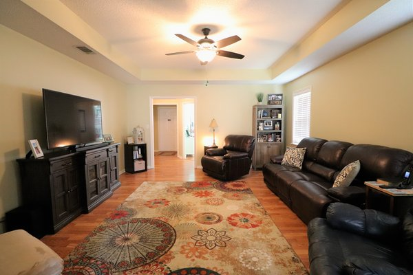 1784 Wayland Park Drive in REmilitary