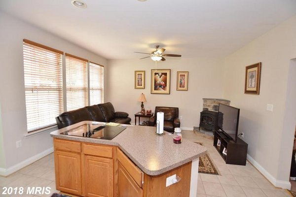 403 YORKSHIRE RIDGE CT, PURCELLVILLE, VA 20132 in REmilitary
