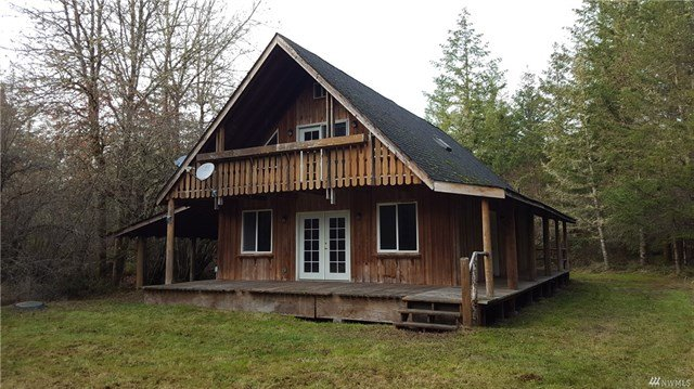 Quiet Life! Large log cabin on 3.19 acres! in REmilitary