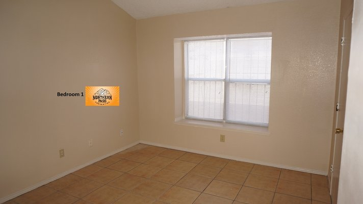 Great 2 Bedroom Duplex! JUST REDUCED! in REmilitary
