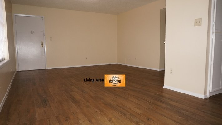 Spacious 2 Bedroom Apt. + 1 month free!! in REmilitary